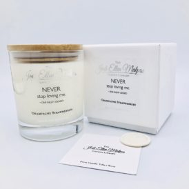 LUXE Edition – NEVER Champagne Strawberries Handmade Soy Blend Candle